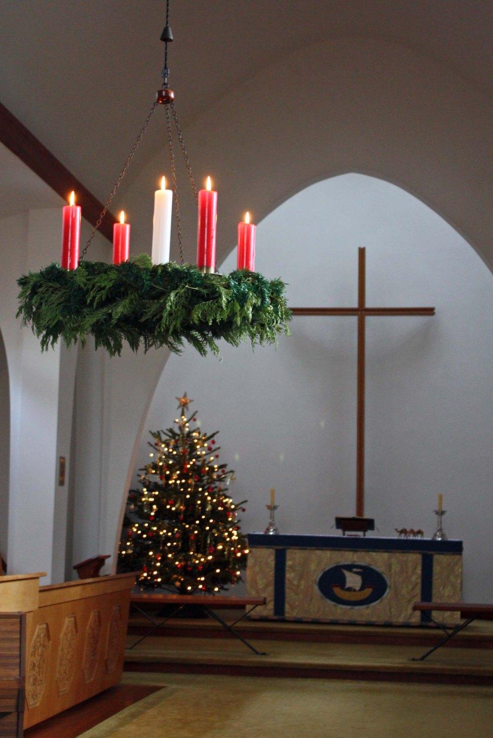Christmas Easter 1516 002